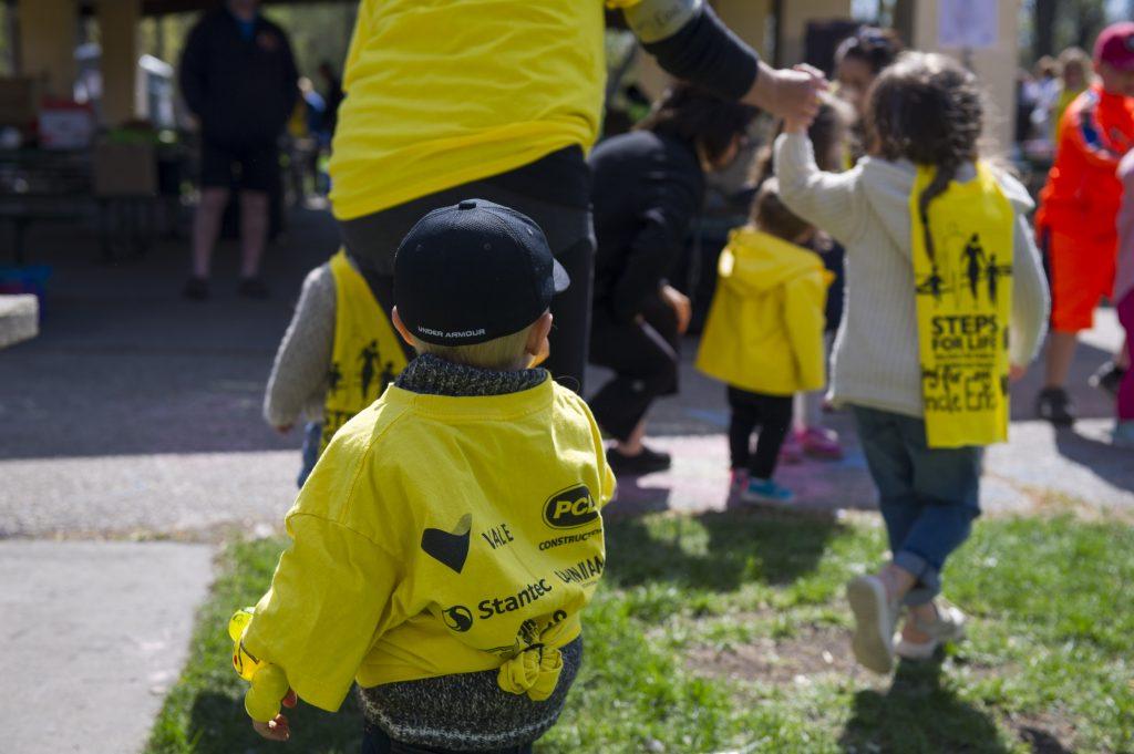 Kids at the walk